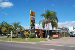 Queens Beach Motor Hotel - Accommodation Directory