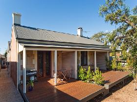 Strathalbyn Villas - Accommodation Directory