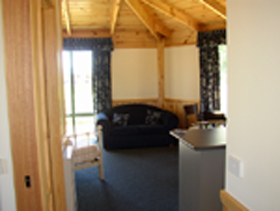 Seven Mile Cottages - Accommodation Directory