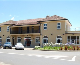 The Huskisson on Jervis Bay - Accommodation Directory