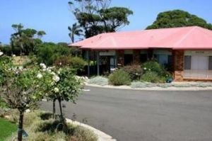 Kings Point Retreat - Accommodation Directory