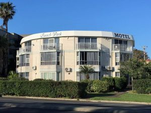 Beach Park Motel - Accommodation Directory