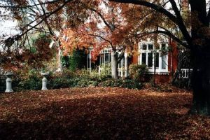 Clevedon Manor - Accommodation Directory