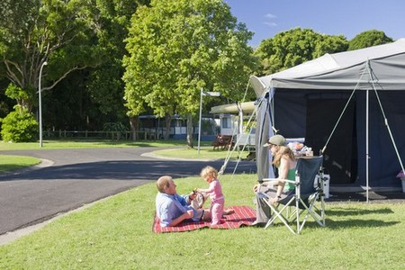 Silver Sands Holiday Park - Accommodation Directory