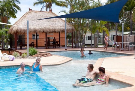 Blue Dolphin Resort  Holiday Park - Accommodation Directory