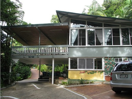 Tree Tops Lodge Cairns - Accommodation Directory
