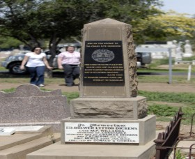 Historical Cemetery Moree - Accommodation Directory
