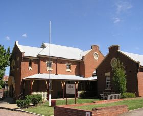 The Cowra Heritage Walk - Accommodation Directory