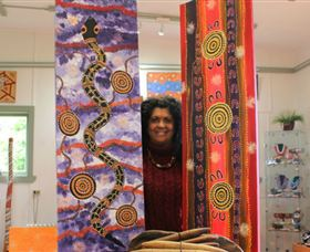 Apma Creations Aboriginal Art Gallery and Gift shop - Accommodation Directory