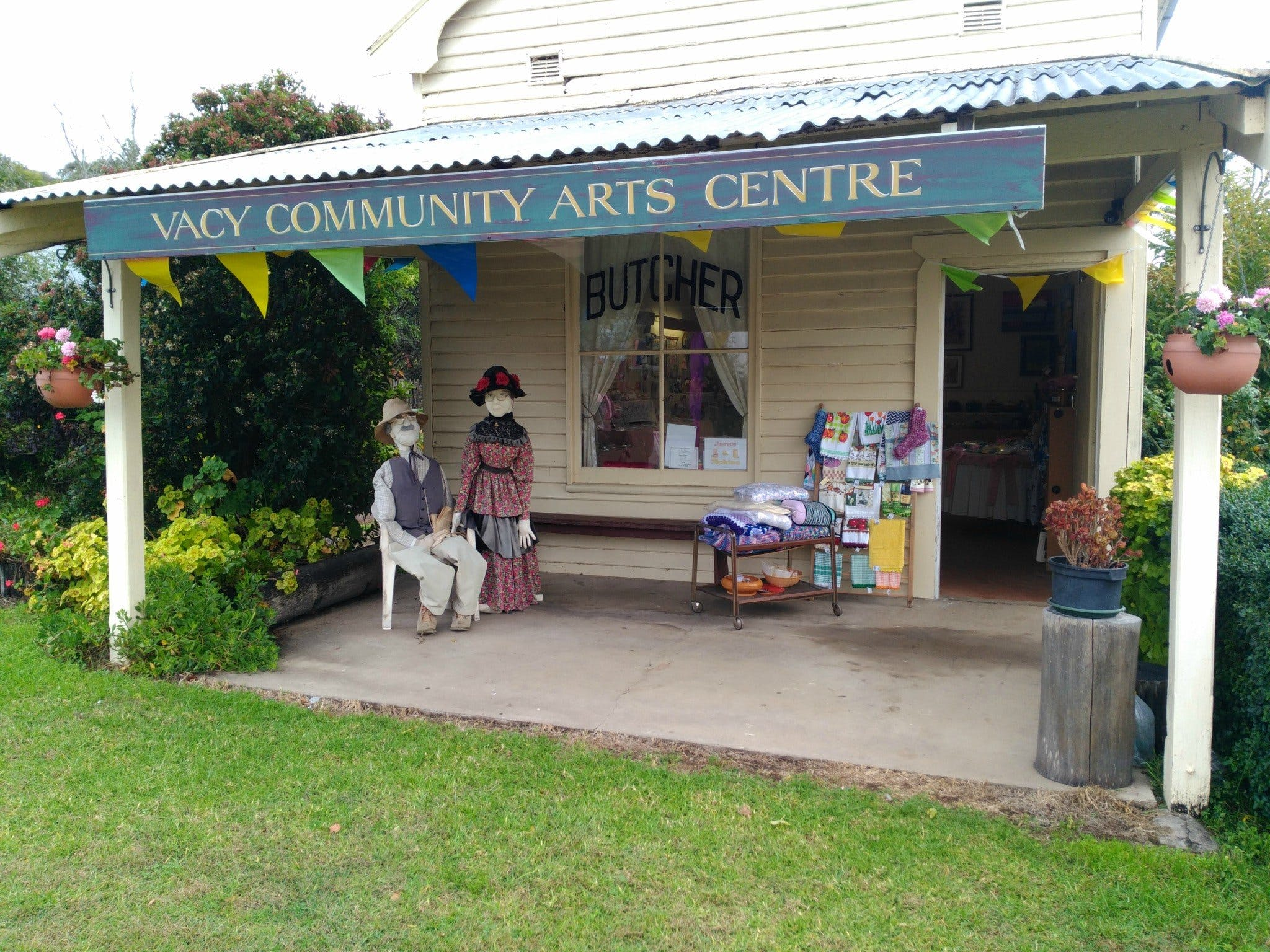Vacy Community Arts Centre - Accommodation Directory