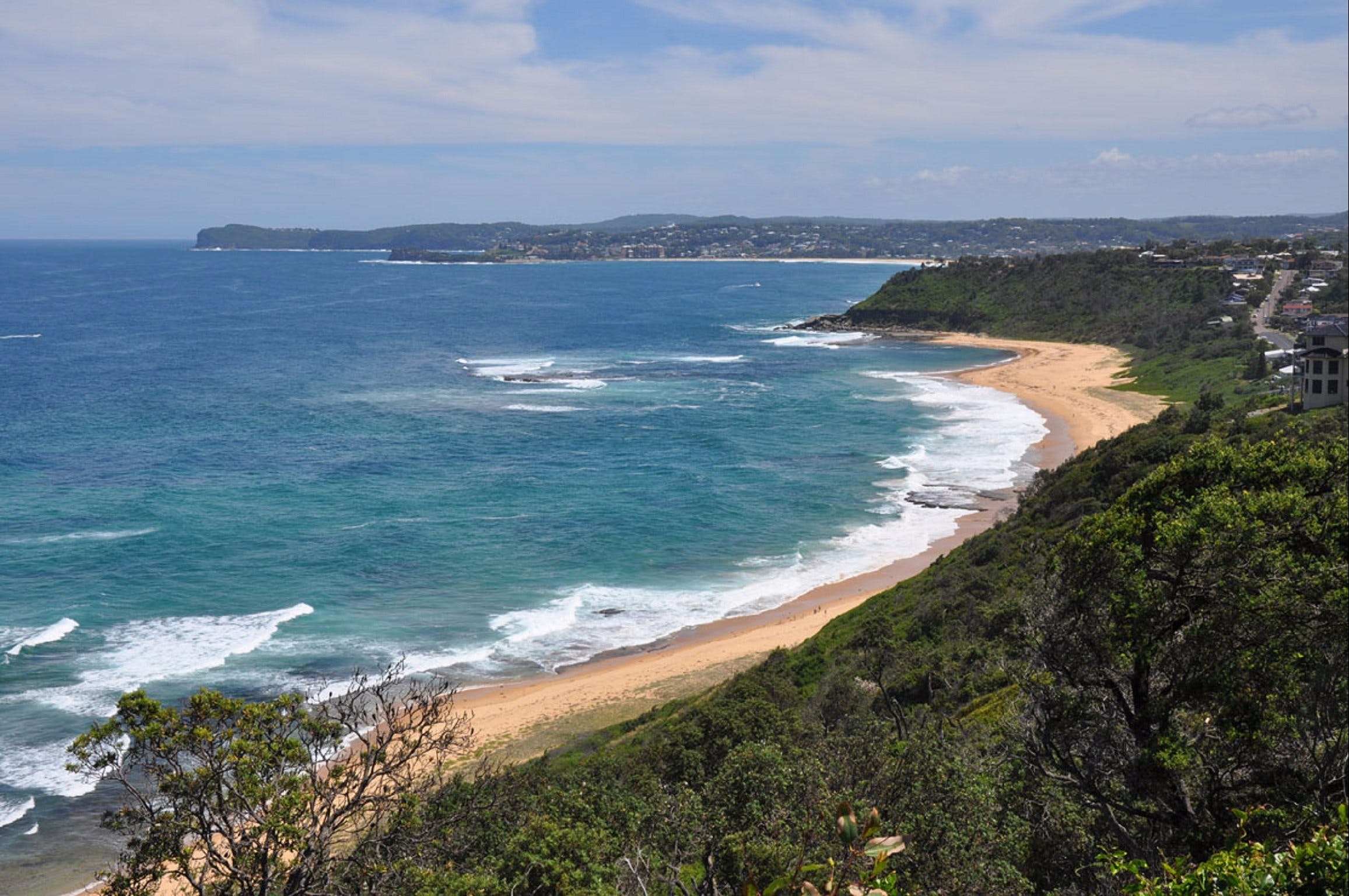 Forresters Beach - Accommodation Directory