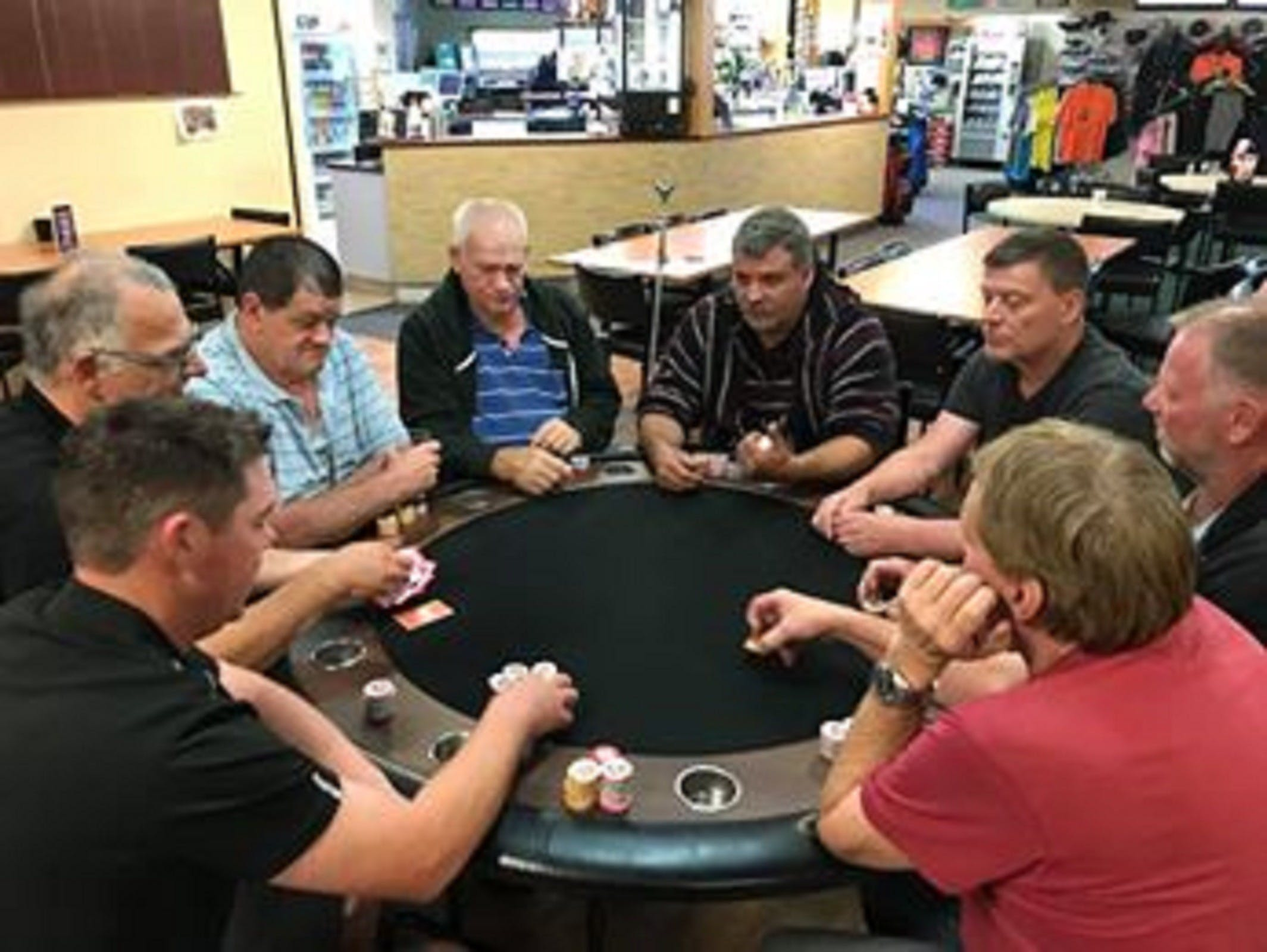 Numurkah Golf and Bowls Club - Poker Wednesday - Accommodation Directory