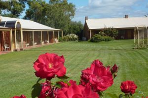 Coonawarra Units - Accommodation Directory