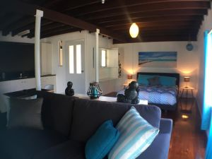 High Tide at Emerald - Accommodation Directory