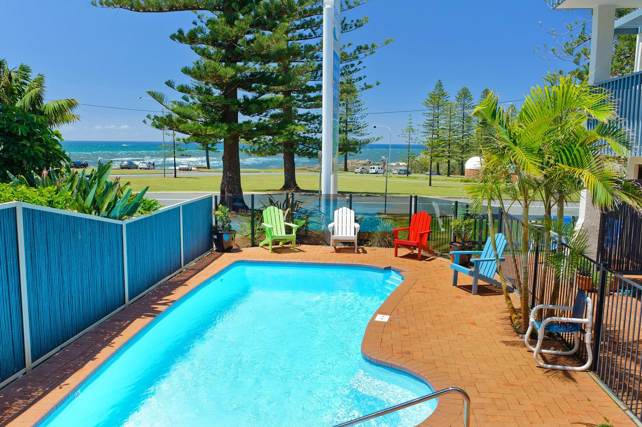 Beach House Holiday Apartments - Accommodation Directory