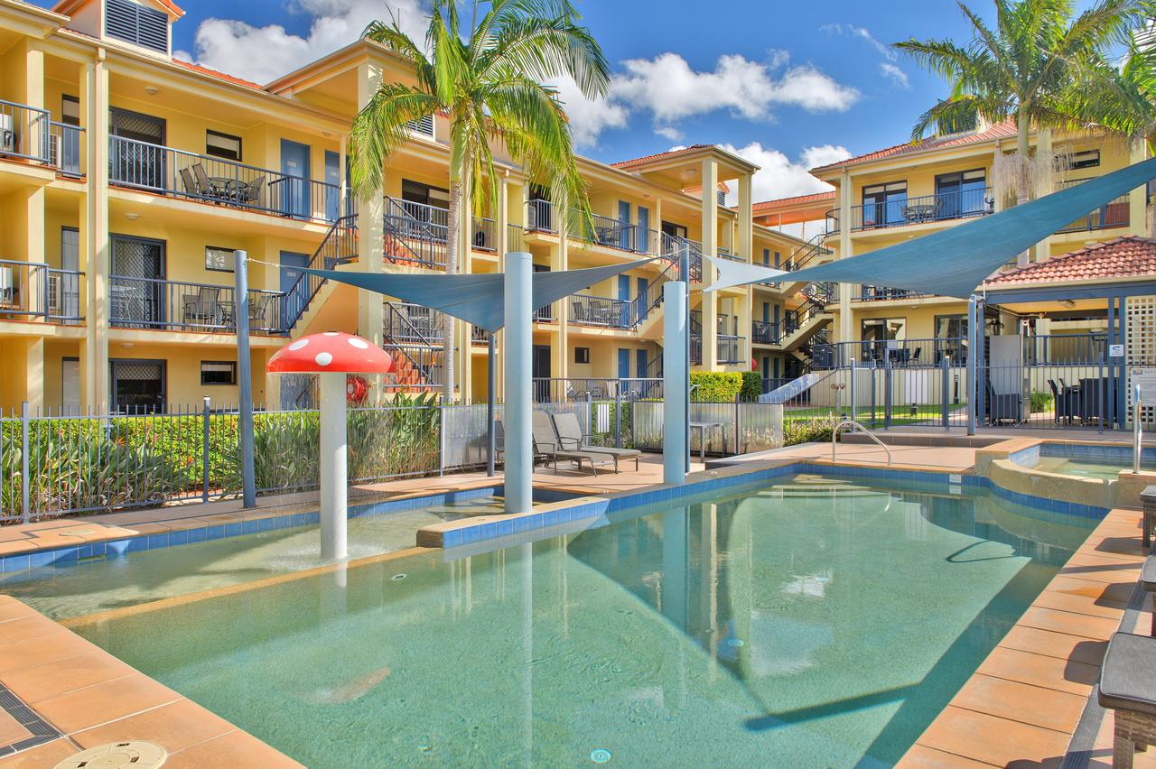 South Pacific Apartments - Accommodation Directory