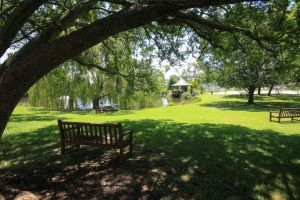 Briars Country Lodge - Accommodation Directory