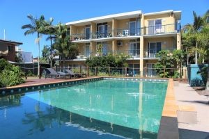 Broadwater Keys Holiday Apartments - Accommodation Directory
