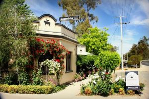 CocknBull Boutique Hotel Echuca - Accommodation Directory