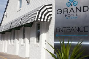 Grand Hotel and Studios - Accommodation Directory