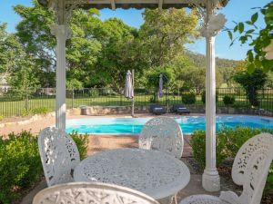 Meerea Country Estate adjoining Wollombi National Park - Accommodation Directory
