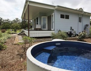 Noosa Hinterland Country Cottage 'Tru-Blu' - Accommodation Directory