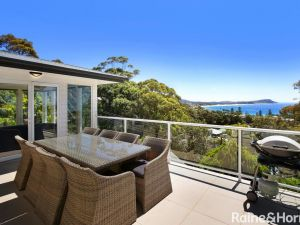 Ocean Breeze - 41 Kurrawyba Avenue Terrigal - Accommodation Directory