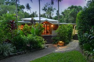 Port Douglas Valley Retreat - Accommodation Directory