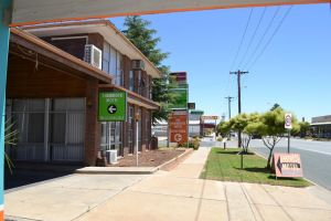 Shamrock Hotel Motel Balranald - Accommodation Directory