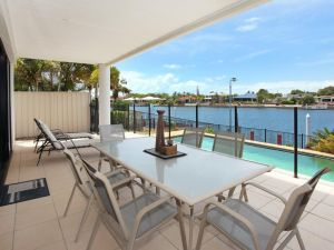St Lucia 11 - 4 BDRM Canal Home with Pool - Accommodation Directory
