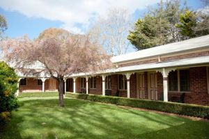 The Carrington Inn - Bungendore - Accommodation Directory