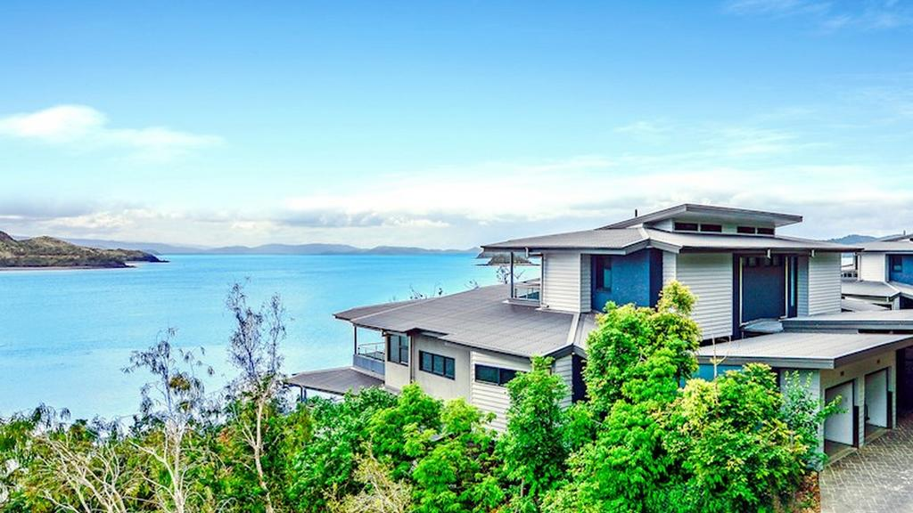 The Edge 5 - Hamilton Island - Accommodation Directory