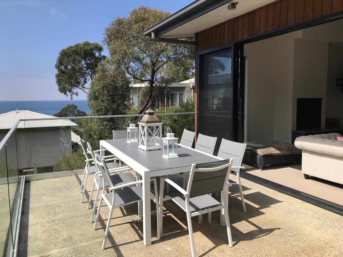 Lorne Sea View Terrace House - Accommodation Directory