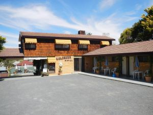 Young Goldrush Motel - Accommodation Directory