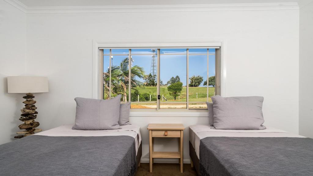 Your Luxury Escape - Byron Sunset Breeze - Accommodation Directory