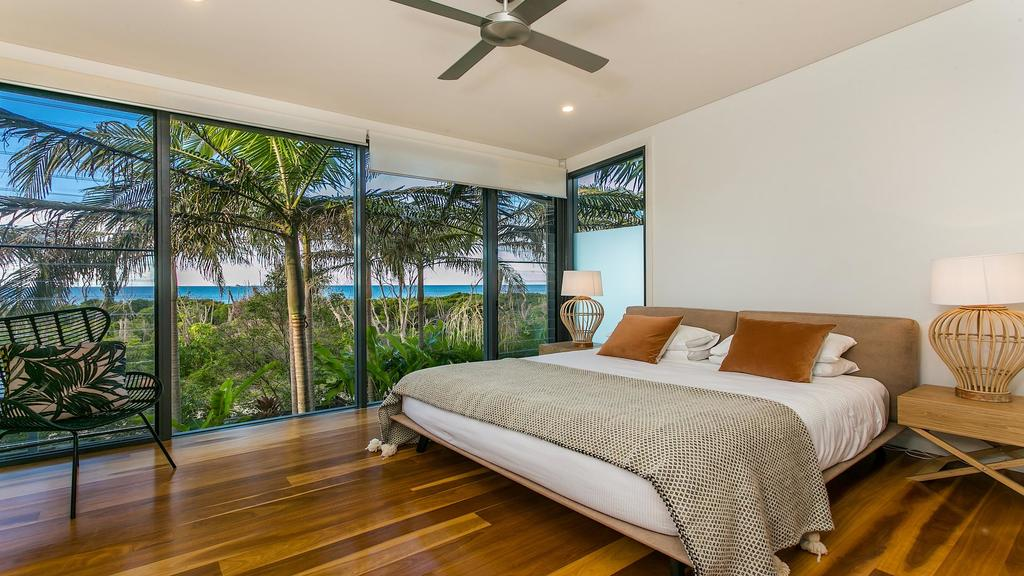 Your Luxury Escape - Kiah 11 Beach House Ocean Views - Accommodation Directory