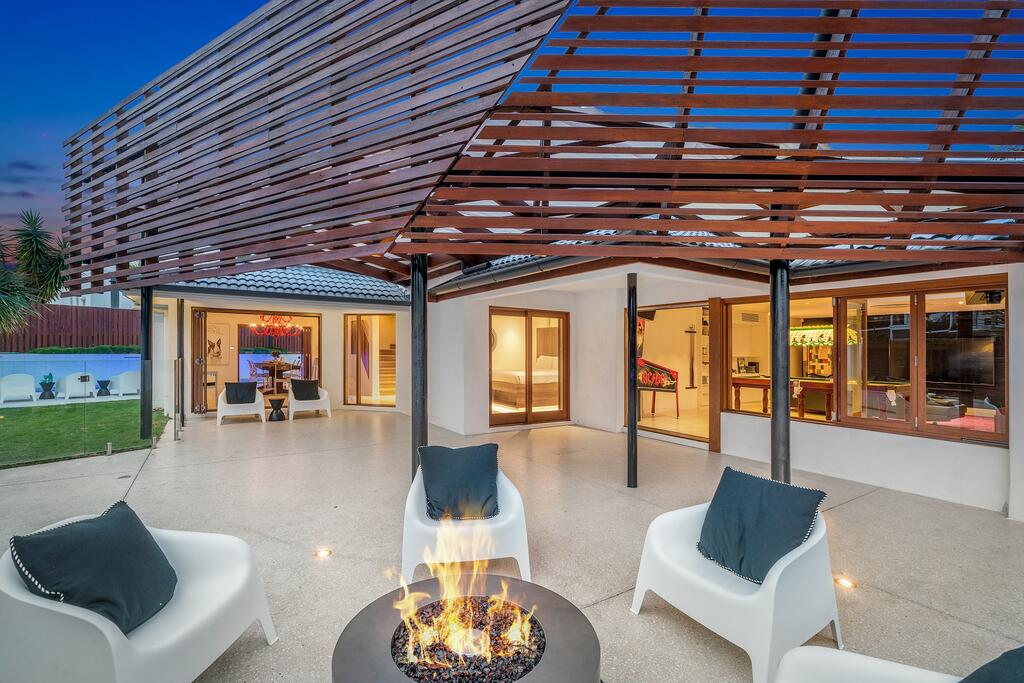 Your Luxury Escape - OneCoral - Luxury Living At Byron Bay - Accommodation Directory