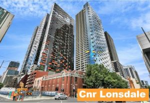 2BR 2BATH  CAR  QUALITY  STYLE IN MELBOURNE CBD - Accommodation Directory