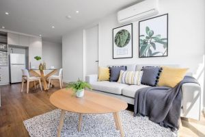 61 Boutique one-bedroom Boxhill Central Mall - Accommodation Directory