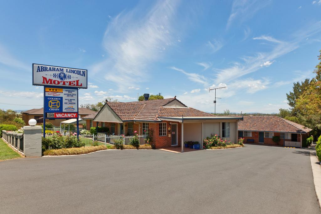Abraham Lincoln Motel - Accommodation Directory