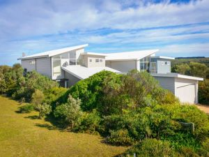 Anchors Beach House - Accommodation Directory