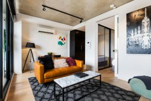 Artsy Apartment CBD City Views and Balcony - Accommodation Directory